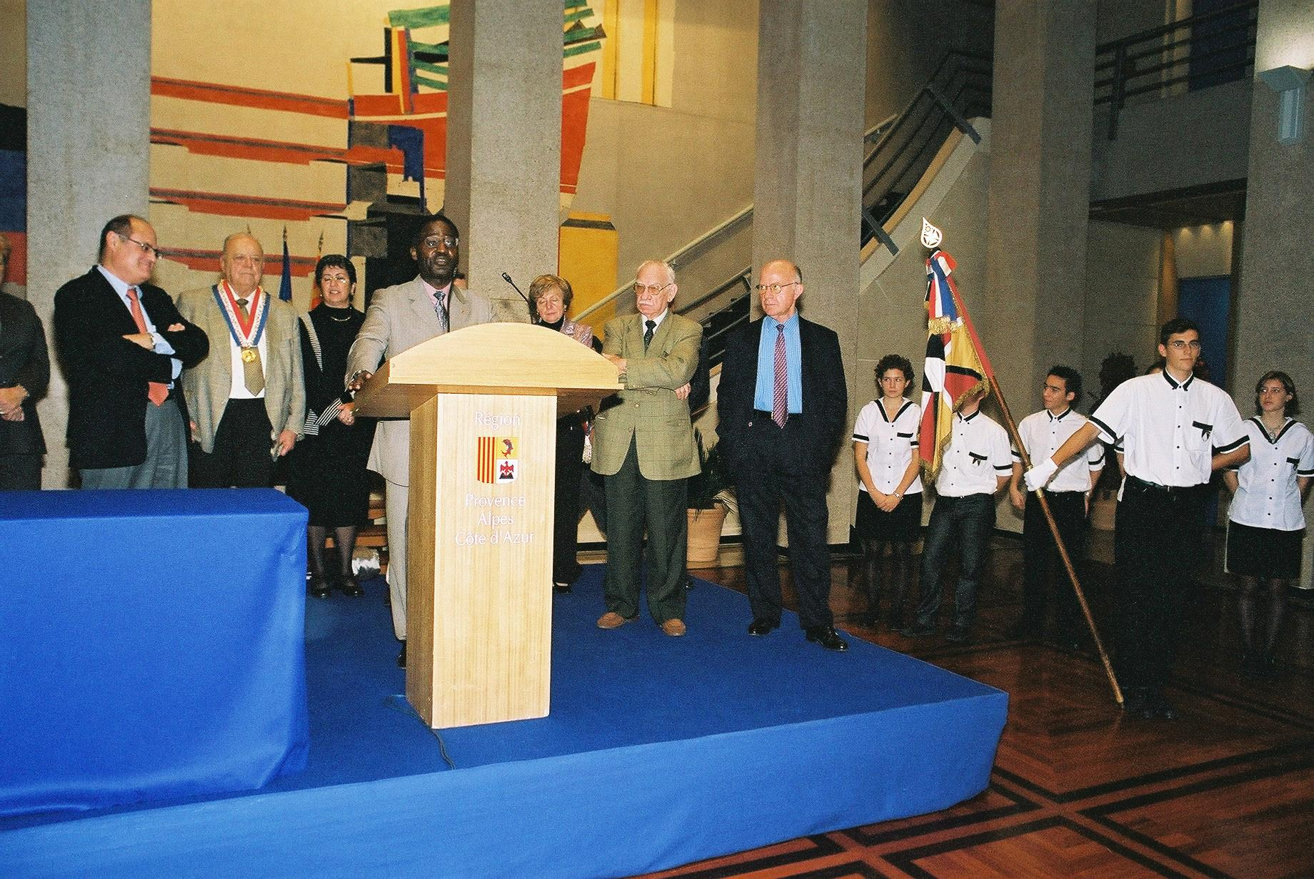 CeremoniePACA31oct20031