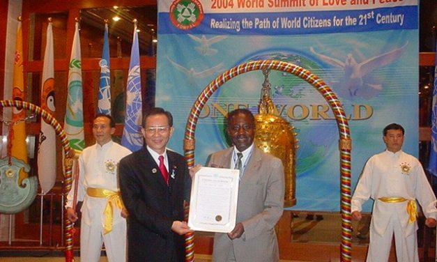 Sommet Mondial de l'Amour et de la Paix 2004